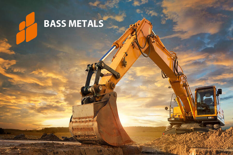 Australian manufacturer impressed by German screening technology In an official announcement, the Australian graphite producer BassMetals Ltd. recently announced the latest developments of the company to its shareholders. Among them were the convincing results from the RHEWUM technical center.